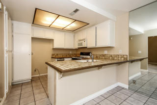 Home-for-sale-huntington-beach-townhome-property-for-sale