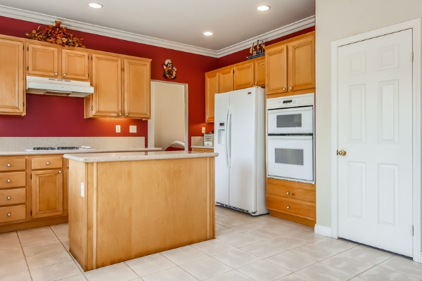 Home For Sale In Tustin CA - Kitchen