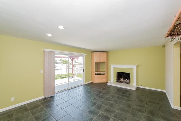 Huntington Beach home for sale: FamilyRoom