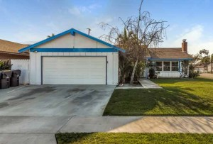 Home for Sale in Huntington Beach, CA: Quill Circle