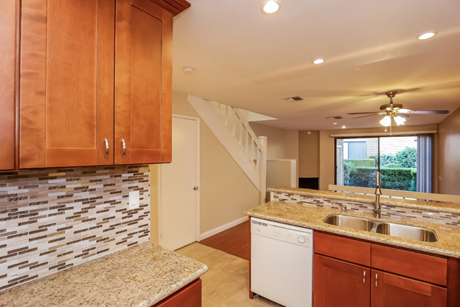 Home for Sale in Irvine, CA: 51 Lakepines