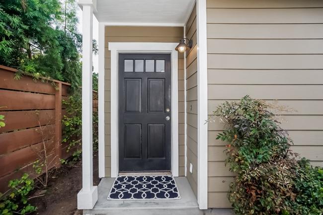 188 Merrill Place in Costa Mesa