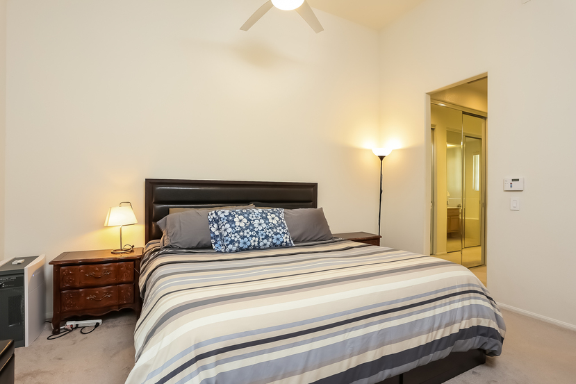 13445-savanna-master_bedroom-2