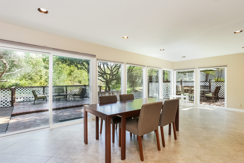 22782-rumble-dr-lake-forest-dining_room-2