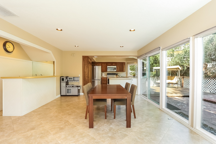 22782-rumble-dr-lake-forest-dining_room-3