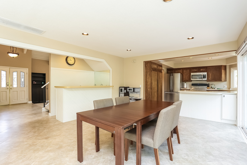 22782-rumble-dr-lake-forest-dining_room