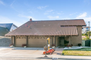 image of front of 19131 Yacht Lane in Huntington Beach, CA