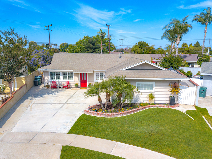 16752 Wanda Circle, Huntington Beach is a tastefully upgraded, single story, cul-de-sac home with 3 bedrooms, and office, 2 baths, and a large, private and beautifully manicured backyard!