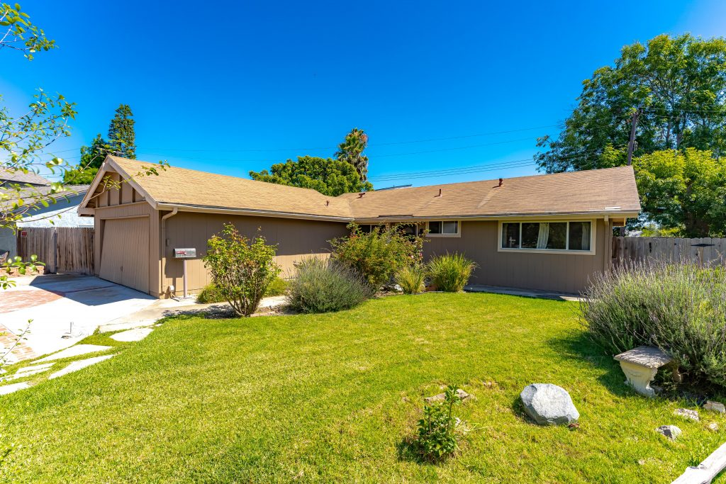 8902 Coral Circle, Huntington Beach is an interior tract, cul-de-sac home on an 8,100 sq.ft lot with unlimited Potential! 3 bedrooms and 1 bath home nestled in neighborhood that sells for $900k and up!
