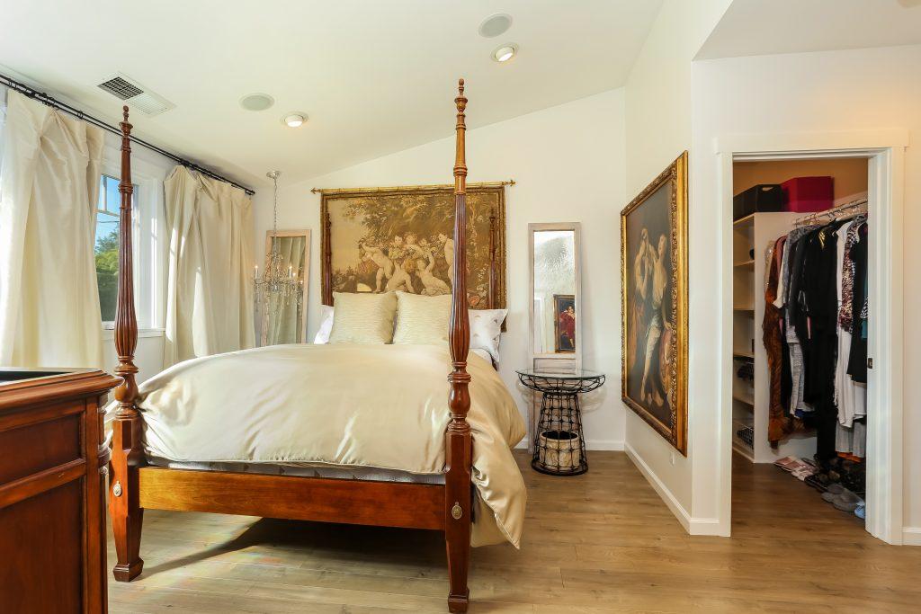 bedroom 3, master